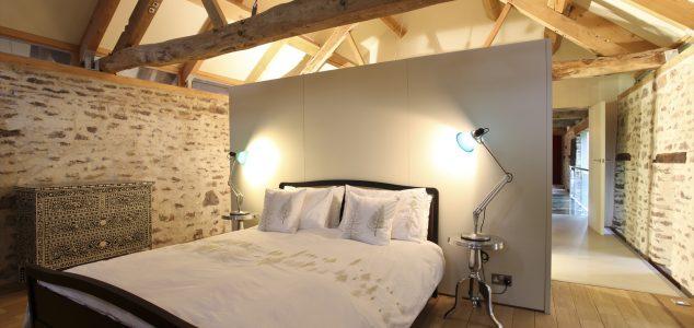 Grand Designs House, Hillcott Barn, Bedroom
