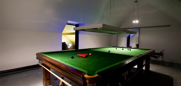 Ring House snooker room
